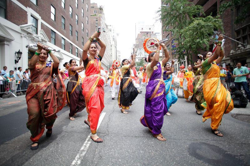 1408320556-india-independence-day-parade-2014-in-new-york-city_5545532