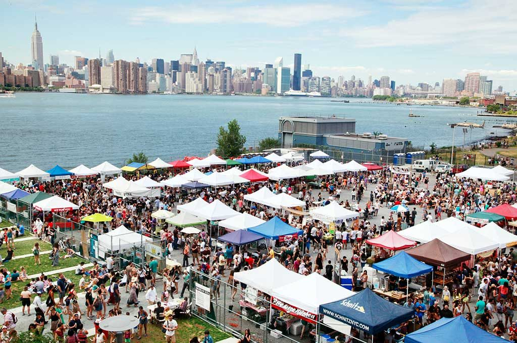 brooklyn_williamsburg_smorgasburg_alexander_thompson_1