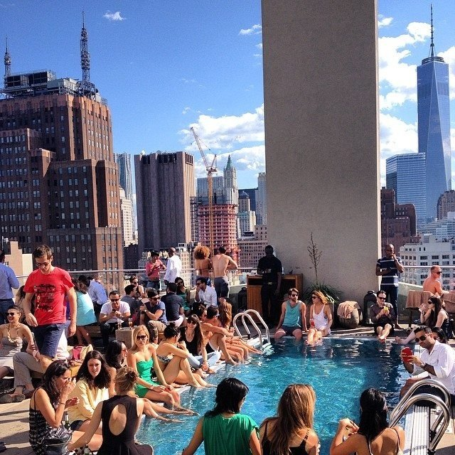 how-to-sneak-into-13-hotel-pools-in-manhattan