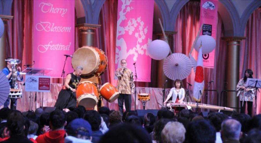 2013-04-10-Cherry_Blossom_Festival_2013_D
