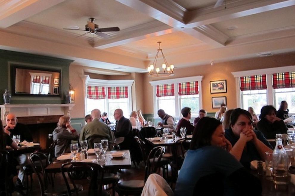 frankie-johnnies-steakhouse-rye-rye-grill_54_990x660_201406012347