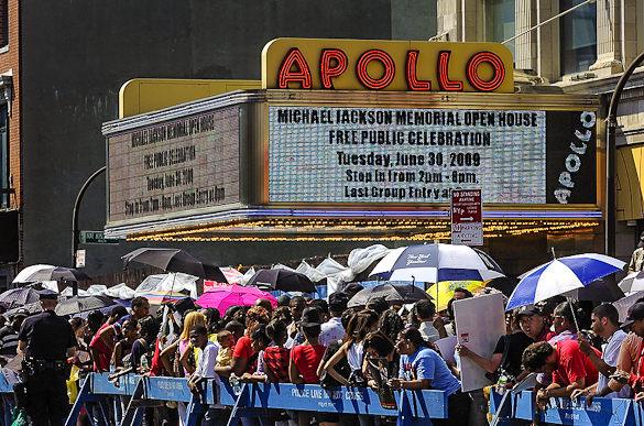harlem-apollo-theater-nyc-new-york