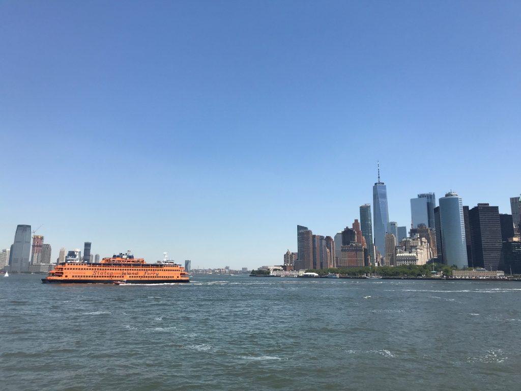 Skyline de Manhattan e o Staten Island Ferry